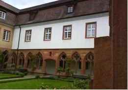 Gelungene Rekonstruktion, das Pfarrheim Hl. Kreuz